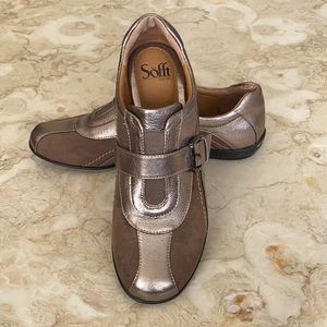 Sofft Persis Loafers Gold Brown Leather Strap